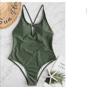 ZAFUL V Wired Criss Cross Backless Swimsuit